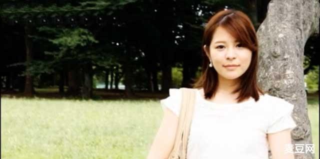 绫乃千晶新婚时期出道